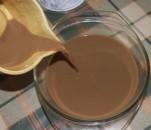 Tiramisu - A tejeskávét öntsd egy kisebb tálba!