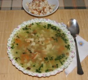 Tavaszi zöldségleves - Kész, tányérban.