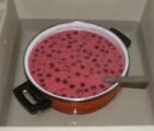 Meggyleves - Állítsd a levest hideg vízbe, hogy hűljön le!