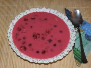 Meggyleves - Kész, tányérban